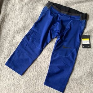 Nike AeroAdapt 3/4 Pants